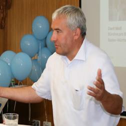 Kultusminister Spaenle unterstützt die Initiative