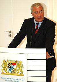 Kultusminister Ludwig Spaenle bei seiner Ansprache