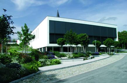 schulhaus des 21 jahrhunderts sanierte mittelschule hengersberg eingeweiht. Black Bedroom Furniture Sets. Home Design Ideas