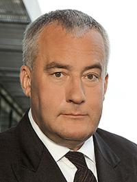 Kultusminister Dr. <b>Ludwig Spaenle</b> ist zutiefst entsetzt - 16003_minister_dr_spaenle_200