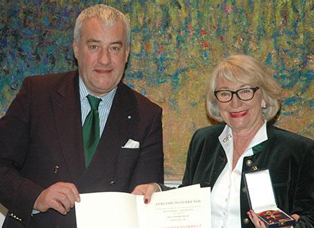Kultusminister Dr. Ludwig Spaenle und Ingrid Franz