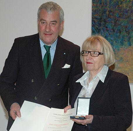 Kultusminister Dr. Ludwig Spaenle und Ingeburg Milenovic