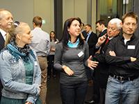 Kontaktgespräche zwischen den Teilnehmern