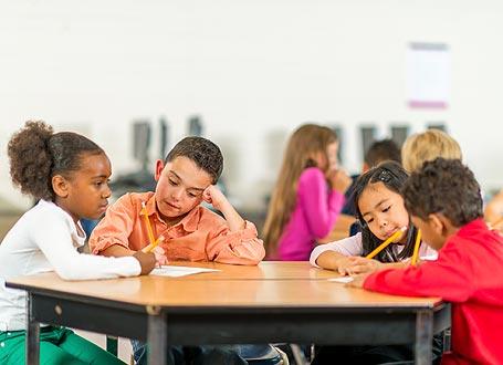 Das Pilotprojekt InGym bereitet besonders motivierte Schüler mit Flucht- oder Migrationshintergrund gezielt auf den Besuch von Regelklassen am Gymnasium vor