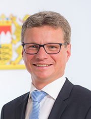 Kunststaatssekretär Bernd Sibler