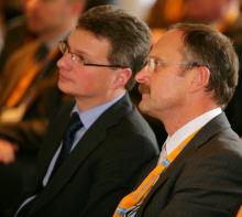 Staatssekretär Bernd Sibler und Ralf Kaulfuß von der Stiftung Bildungspakt