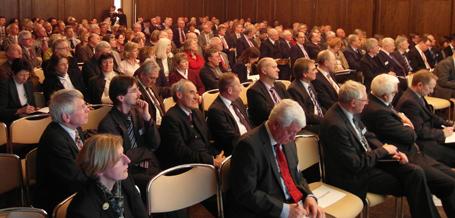 Das Publikum zeigte großes Interesse und diskutierte intensiv