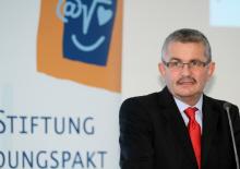 vbw-Hauptgeschäftsführer Bertram Brossardt