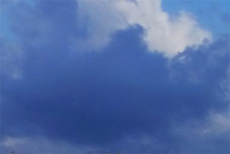 Sterben und Tod - oft so un(be)greifbar wie eine dunkle Wolke am Himmel