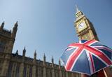 Regenschirm mit der britischen Flagge, Big Ben im Hintergrund