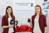 Den Blutzucker im Laufe des Zyklus untersuchten die Schülerinnen Sara-Luisa Reh, Anja-Sophia Reh