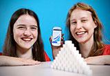 Sara-Luisa Reh (16) und Anja-Sophia Reh (14), Gymnasium Maria Stern Augsburg