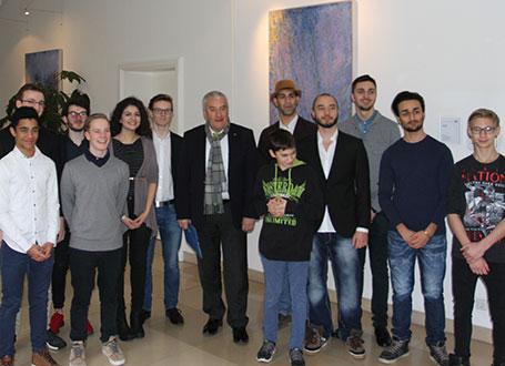 Bildungsminister Spaenle mit den Mitgliedern des Landesschülerrats